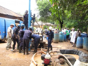 The Water Project : 28-sierraleone5091-construction
