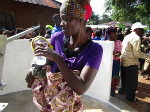 The Water Project : 3-sierraleone5091-dedication