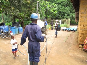 The Water Project : 30-sierraleone5091-construction