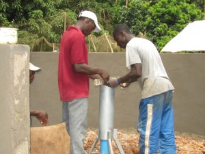The Water Project : 34-sierraleone5091-construction