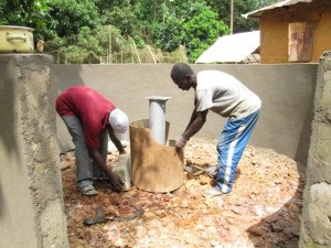 The Water Project : 35-sierraleone5091-construction