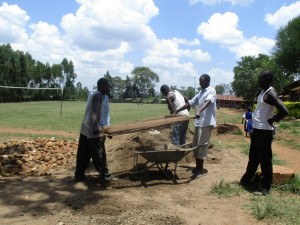 The Water Project : 8-kenya4618-cement-work