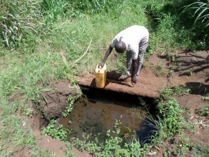 The Water Project : 1-uganda6070-open-water-source