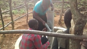 The Water Project : 12-uganda6068-installation
