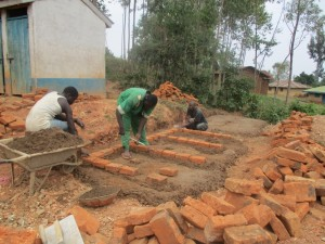 The Water Project : 14-kenya4623-construction