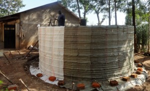The Water Project : 18-kenya4625-construction