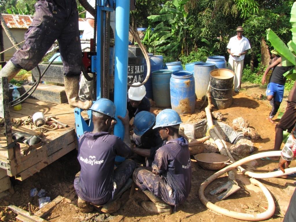 19 sierraleone5090 drilling
