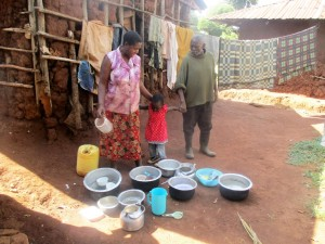The Water Project : 2-kenya4592-thomas-iraya-and-family