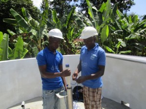 The Water Project : 22-sierraleone5090-pump-installation