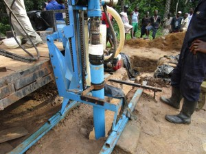 The Water Project : 28-sierraleone5092-drilling