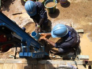 The Water Project : 28-sierraleone5094-drilling
