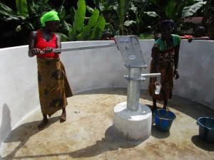The Water Project : 29-sierraleone5090-dedication
