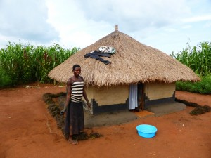 The Water Project : 3-uganda6077-household