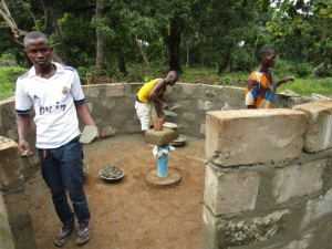 The Water Project : 31-sierraleone5094-well-pad