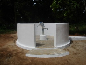 The Water Project : 33-sierraleone5094-well-pad