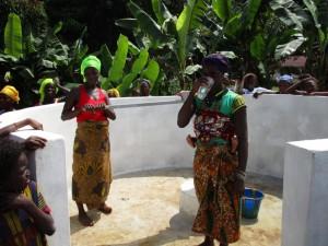 The Water Project : 34-sierraleone5090-dedication