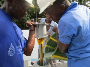 The Water Project : 34-sierraleone5092-pump-installation