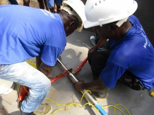 The Water Project : 35-sierraleone5093-pump-installation