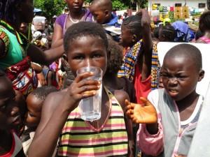 The Water Project : 36-sierraleone5090-dedication