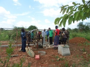 The Water Project : 4-uganda6067-construction