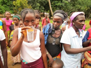 The Water Project : 40-sierraleone5092-dedication