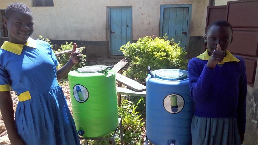 44 kenya4631 hand-washing station