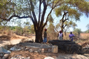 The Water Project : 5-kenya4496-construction