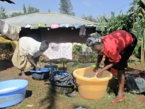 The Water Project : 7-kenya4592-washing