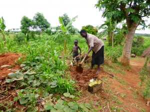 The Water Project : 8-uganda6070-sundays-home