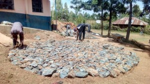 The Water Project : 9-kenya4623-construction