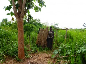 The Water Project : 9-uganda6077-household