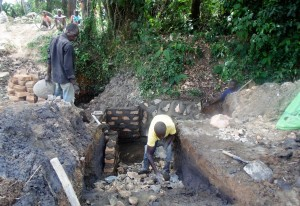 The Water Project : 10-kenya4585-construction