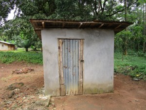 The Water Project : 10-sierraleone5095-latrine