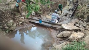 The Water Project : 10-uganda6074-construction