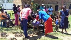 The Water Project : 13-kenya4588-training
