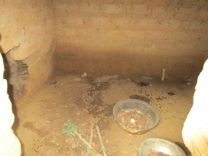 The Water Project : 15-sierraleone5095-chicken-coop