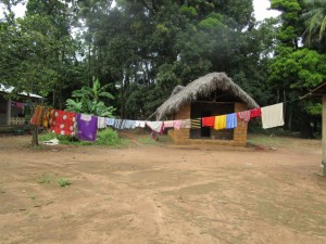 The Water Project : 16-sierraleone5095-clothesline