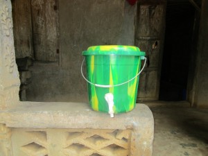 The Water Project : 18-sierraleone5095-hand-washing-station