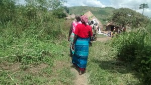 The Water Project : 2-uganda6076-community-visit