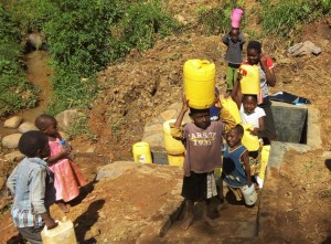 The Water Project : 22-kenya4590-protected-spring