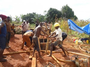 The Water Project : 3-uganda6069-construction