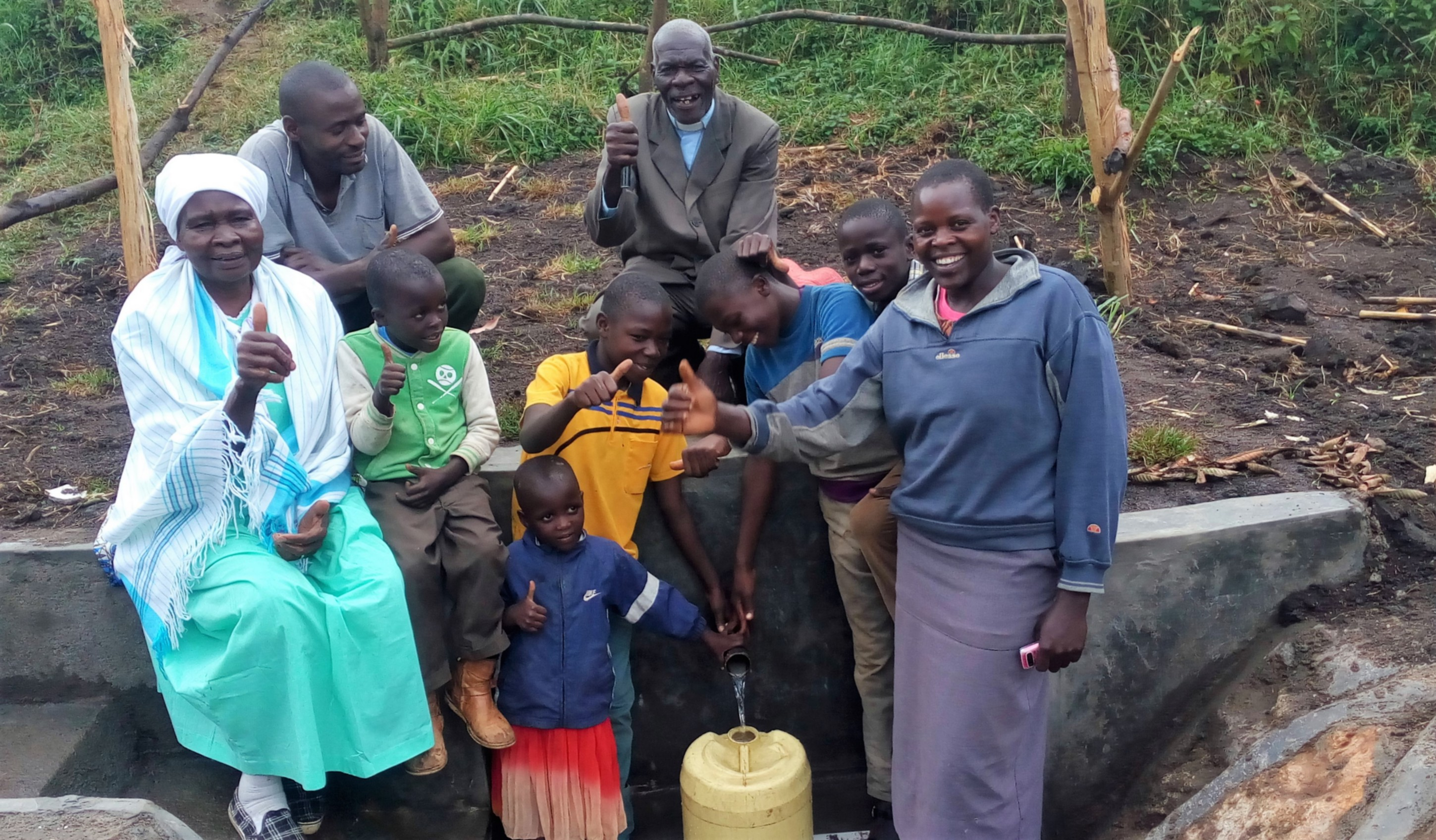 The Water Project : 30-kenya4589-spring-protection