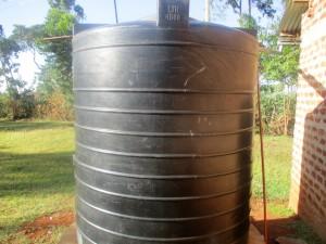 The Water Project : 4-kenya4640-4000-liter-tank
