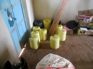 The Water Project : 6-kenya4643-water-containers