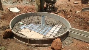The Water Project : 6-uganda6071-construction