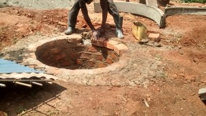The Water Project : 7-uganda6071-construction