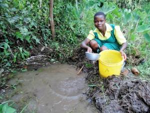 The Water Project : 8-kenya4638-isaiah-magumba-spring