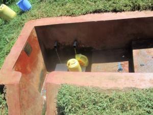 The Water Project : 8-kenya4642-mukangu-spring