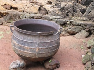 The Water Project : 9-sierraleone5095-cooking-pot