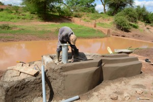 The Water Project : 10-kenya4499-construction